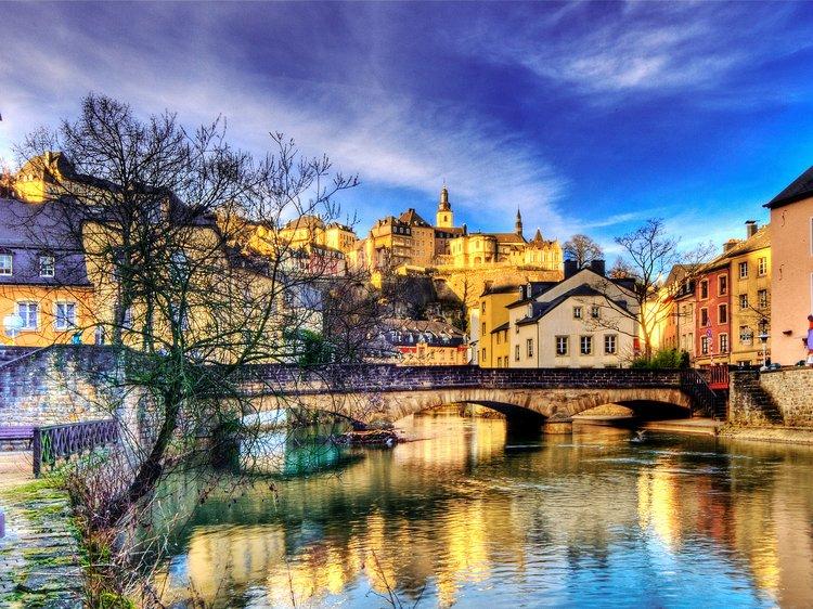 Luxembourg-للدراسة بالخارج في لوكسمبورغ الجامعات المجانية و الرخيصة في لوكسمبورغ