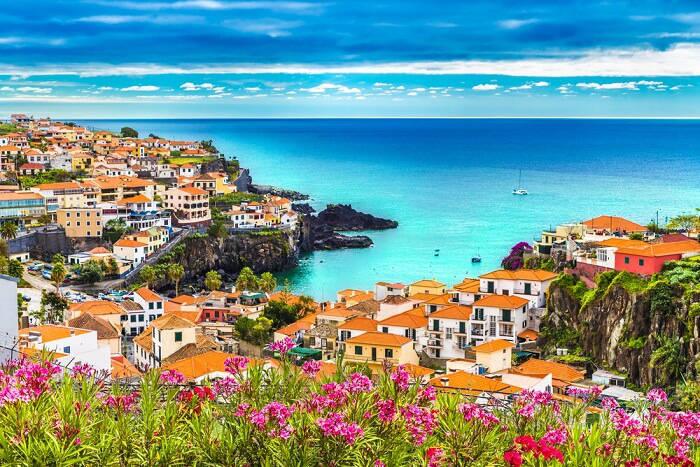 islands-in-portugal-ارخص جامعات في البرتغال للدراسة في الخارج الجامعات الرخيصة في البرتغال
